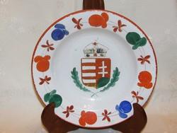 Magyar címeres régi fajansz falitányér