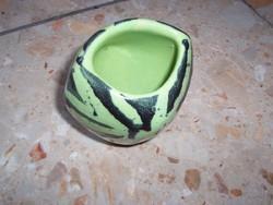 Zsűrizett mini váza