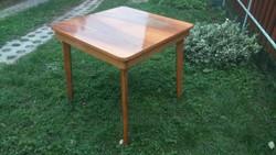 Retro 60-as évekbeli nagyon strapabíró jól megtervezett praktikus német asztal