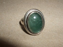 Zöld köves ezüstgyűrű
