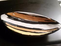 Gorka Livia csónak tál