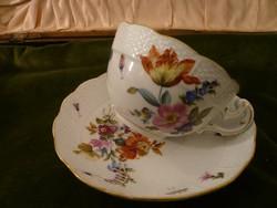 19. századi herendi teás csésze aljával