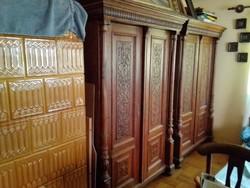 Antik szekrénypáros
