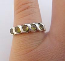 Olivin köves ezüst gyűrű