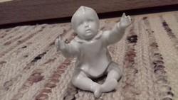 Zsolnay porcelán nipp eladó! Fehér ülő kisded