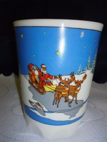 Zsolnay porcelán mesecsésze télapóval rénszarvasokkal