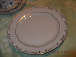 Zsolnay 19 cm es tányér