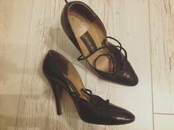 Bőr, egyedi cipő, Hacser Józsa színművésznő hagyatékából