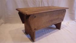 Antik nagy fa művész írószertartó