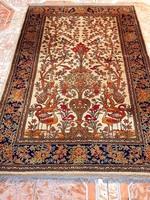 Gyönyörű gyapjú perzsa szőnyeg 133x200-cm