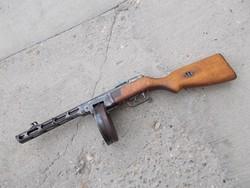 Rákosi PPS géppisztoly (puska) hatástalanítva