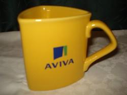 Érdekes háromszögletű, sárga kerámia  csésze, bögre