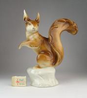 0O419 Jelzett Royal Dux porcelán mókus