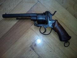 19.000 Ft csak ma!!!!Régi gyújtópeckes revolver.