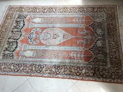 Kézi imaszőnyeg 185X120 cm