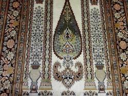 Tabriz selyem-gyapjú iráni kézi szőnyeg