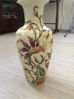 Zsolnay váza egyedi darab
