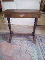 Biedermeier varróasztal (80x40)