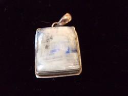 Holdkő jelzett ezüst medál 2x2 cm