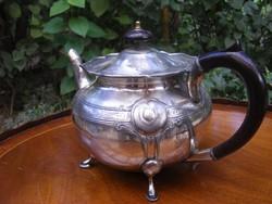 Neobarokk, antik, ezüstözött teáskanna hőelnyelő bakelit füllel, csinos négy kis lábon áll
