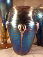 Csodálatos szecessziós kézzel készített fújt, irizáló üvegváza 20cm