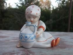 Zsolnay Kislány tejeskorsóval retro porcelán figura hibátlan