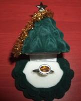 Citrin köves ezüst gyűrű díszdobozban