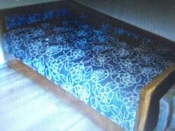 2 db intarziàs ágy (àgyneműtartós) Méret:193cm x 100 cm, Fekvőfelülete: 183 cm x 95 cm