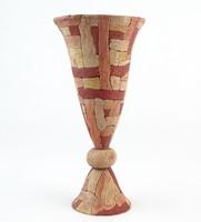 0O293 Jelzett kerámia talpas váza 19 cm