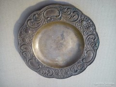 Bronz tányér