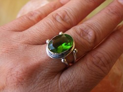 Peridot olivin köves ezüst gyűrű