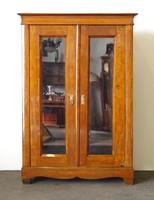 0O634 Antik Biedermeier üveges szekrény