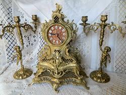 Régi barokkos kandalló óra, asztali óra puttós gyertyatartókkal