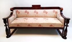 Fantasztikus formájú, antik intarziás biedermeier kanapé