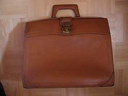 Régi nagy bőr utazó táska