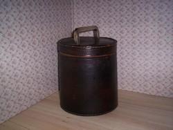 Antik csikóbőr doboz