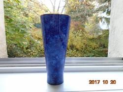 KÉZZEL FESTETT Metzler-Ortloff  Kobaltkék háromszögletű váza IImenau DDR-21 cm