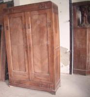 Art  Nouveau polcos szekrény