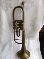 Régi trombita jelzett