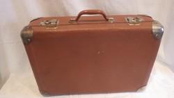 Kisméretű régi koffer bőrönd szép állapotban