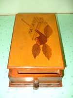 Cigarettás doboz kínáló intarziás