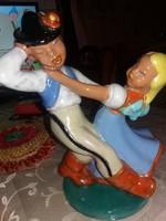 Komlós  táncoló pár