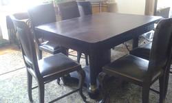 Századfordulós tömörfa asztal 6 + 2 székkel