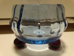Antik, vastag kék üveg kínálótálka, opalizáló gömb lábakkal