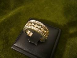 Brilles modern gyűrű