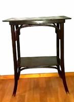 Thonet asztal lerakó asztal