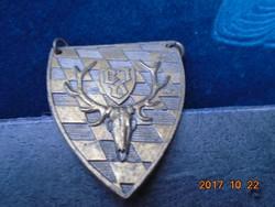Őz aganccsal-koponyával-Bajor embléma-lánccal-4,5x3,8 cm
