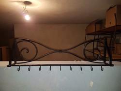 Kovácsoltvas előszoba bútor