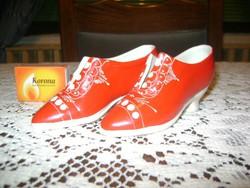 Kerámia cipő párban