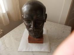 Lenin bronz szobor ( Mikus Sándor )